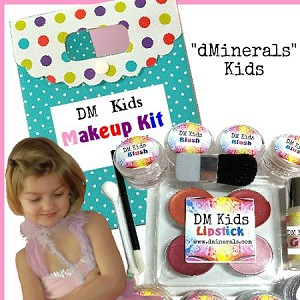 dMinerals DM KIDS NATURAL MAKEUP Play SET Large 14PC KIT